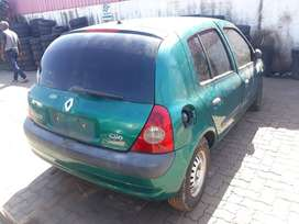 Renault Cleo 2 2004 Model - Stripping for Spares