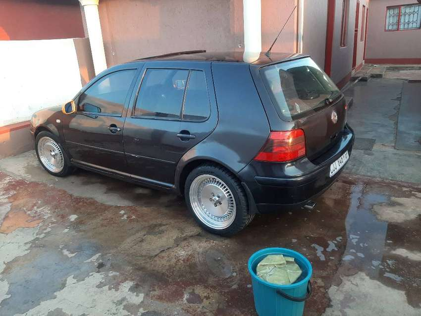 2002 Volkswagen Golf Hatchback For Sale 4