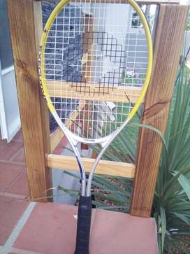 2 Tennis rackets with balls