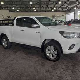 Toyota Hilux 2.8 GD6 Xcab 4X4 Manual