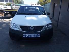2010 Nissan 1.6 NP200 ( FWD ) cars for sale in South Africa