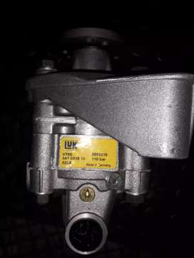 Bmw Power steering pump VT65 for sale