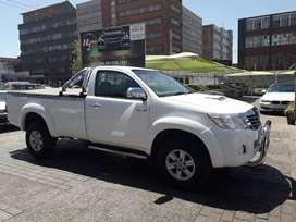 2015 Toyota hilux bakkie d4d on sale