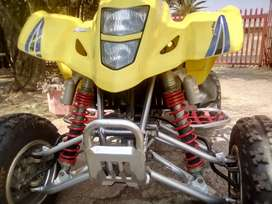 Suzuki ltz400 quad bike
