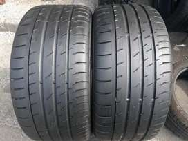 275/40/19 runflats. Two continental tyres available for