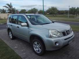 Nissan 2.0 xe X-TRAIL - 2010 model. Perfect family car