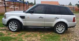 selling my Range Rover; the car is in immaculate condition, drives wen