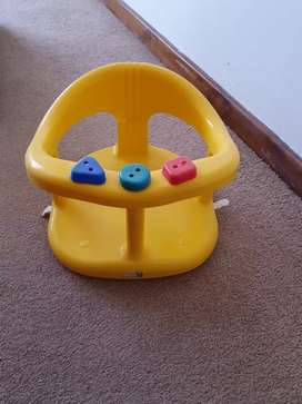 Toddler bath seat