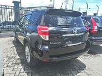 Toyota vanguard with sunroof 7seater 0