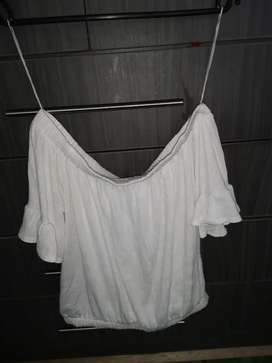 White off the shoulder shirt.Size S and very stretchy.