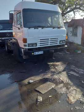 HINO SINGLE DIFF HORSE WITH ADE 447 TURBO ENGINE R95000