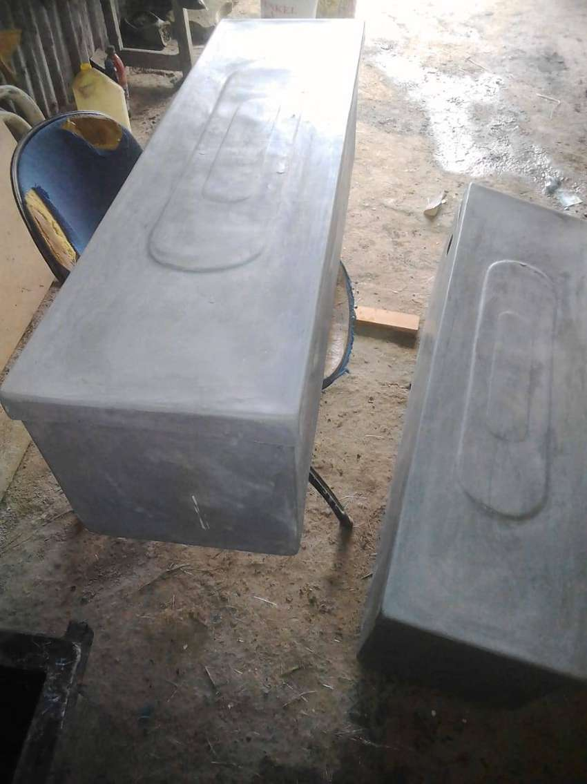 BATTERY BOXES FOR SOLAR BATTERIES 0