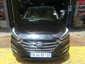 HYUNDAI TUCSON FOR SALE AT VERY GOOD PRICE AUTOMATIC