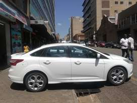 Ford focus 1.6 TREND 2013 MODEL FOR SELL