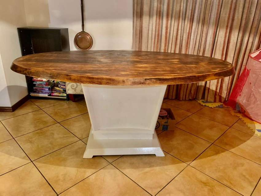 Dining table - urgent sale