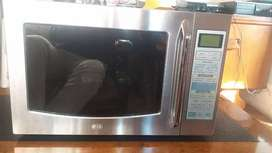 LG Multifunctional smart microwave for sale