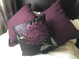 Set of scatter cushions