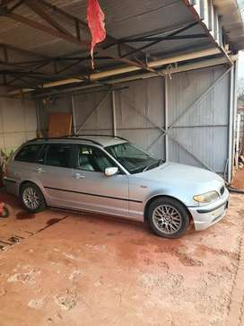 325i station wagon immaculate condition