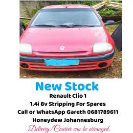 Renault Clio 1 1.4i 8v stripping for parts