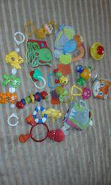игрушки для малышей мягкая книжка погремушки 15 штук Чико Икеа