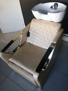 Used Salon chairs and equipments for sale