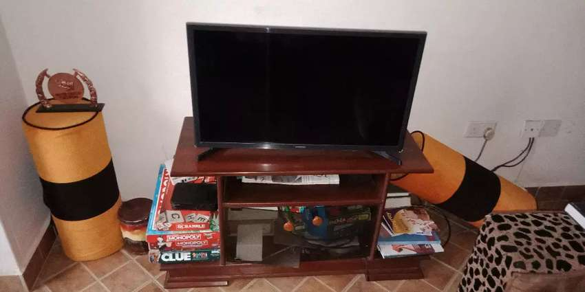 TV table 0