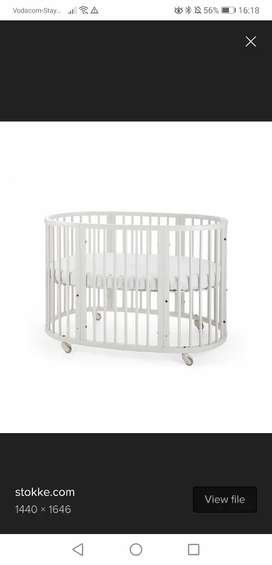 Stokke convertible bed