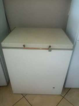 210 litres Chest Freezer