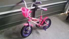 Girl bicycle 3 to 7 year