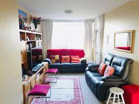 Spacious 3 bedroom 2 bath apartment in Pinelands for rental