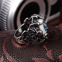 Mężczyzna gothic stylu pierścień- nowy