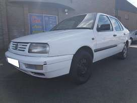 VW Jetta 3 1.6 - 1998 spares for sale.