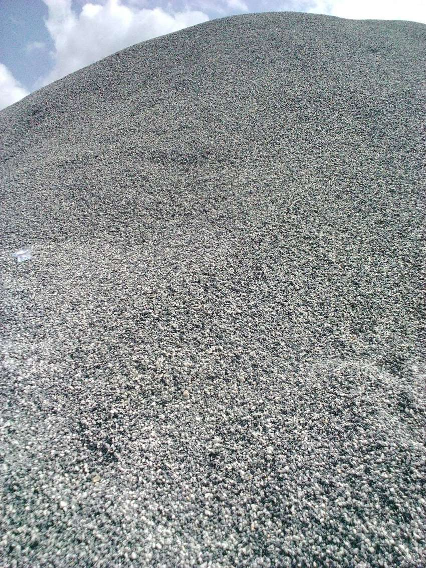 Chippings and dust supply 0