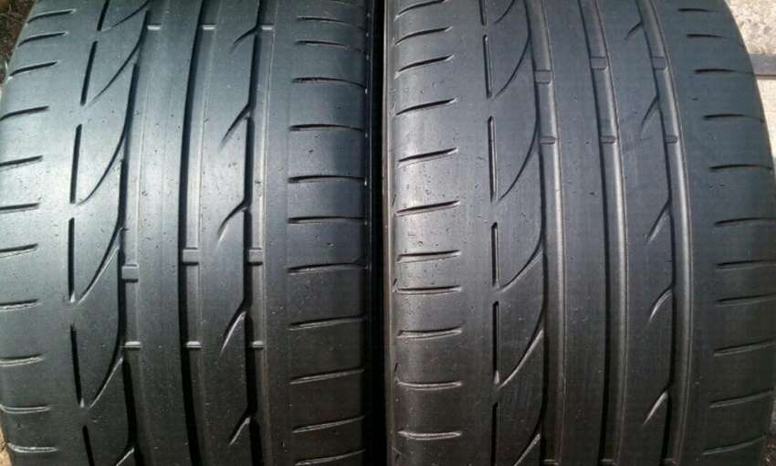 Bmw f30 rear 19 inches runflats tyres for sell 0