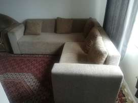 L- shape lounge suite good condition