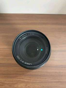 canon zoom lens 55-250mm focal lenght