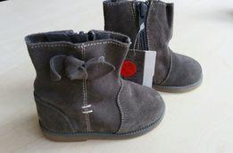 Стильные сапожки,ботинки,сапоги Zara baby р.19,12см,натур.замш.