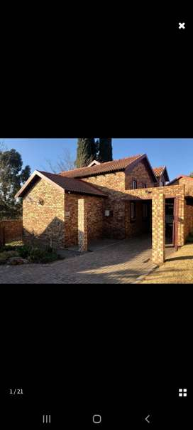 Beautiful 3 Bedroom Townhouse in Ermelo