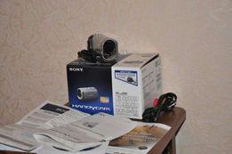 Продаю видеокамеру SONY DCR-SX60E