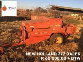 NEW HOLLAND 377 BALER