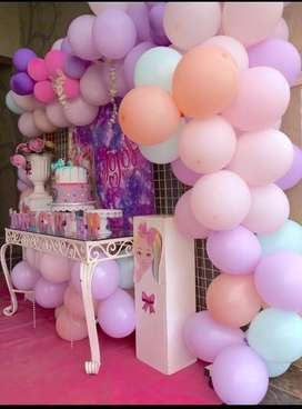 Glamorous party decor