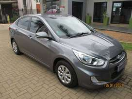 2015 HYUNDAI ACCENT 1.6 GLS/FLUID