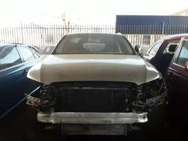AUDI Q5 2.0T STRIPPING FOR SPARES