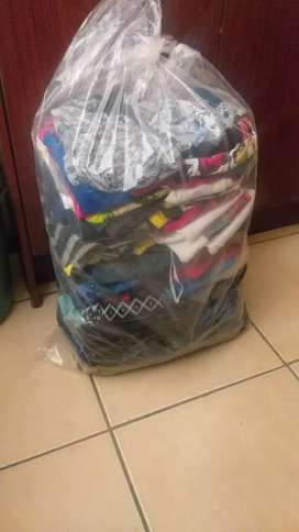 I buy good quality second hand clothes shoes linen and curtains
