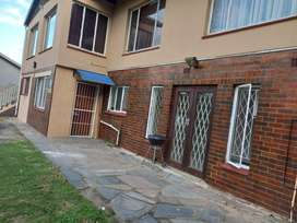 2 Bedroom to rent in Northdene/Mosely Park – R5990
