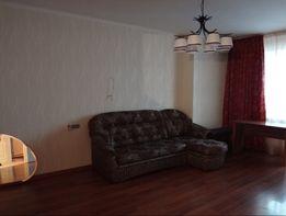 Новом дом, квартира с достойным ремонтом в лучшем районе! r