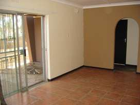 4 Bedroom house available from 1 Oct in Riversdale Meyerton