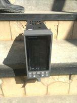Honeywell udc 6300 Контроллер