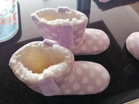 Brand new size 12 girls Woolies bunny slippers