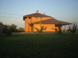 Продам дом с теплицей и овощехранилищем
